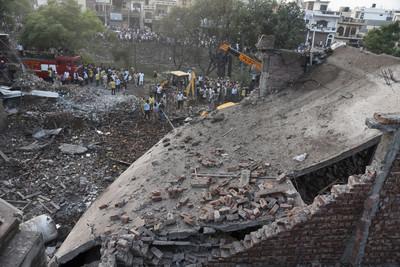 印度煙火工廠爆炸 23死30傷