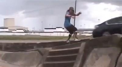 分隔島玩極限滑板 男鏡頭前被撞飛