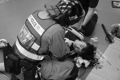 香港遊行再爆衝突!數名示威者被捕