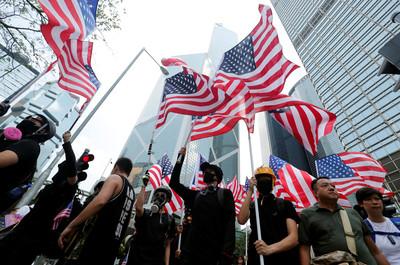 《香港人權及民主法案》最快18日通過