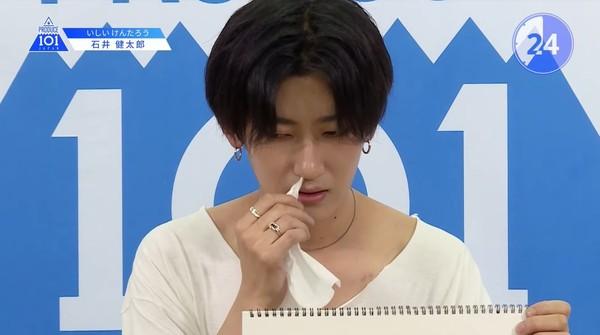 ▲《Produce 101 Japan》日練習生奇葩表演。(圖/翻攝自YouTube/PRODUCE 101 JAPAN)