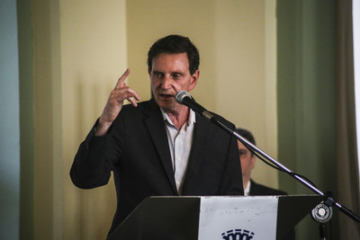 漫威同志英雄擁吻 巴西市長要求下架
