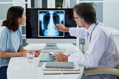 「80%不吸菸」女性肺癌人數卻高於男性