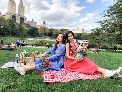 Selina任容萱「類雙胞胎LOOK」驚艷紐約