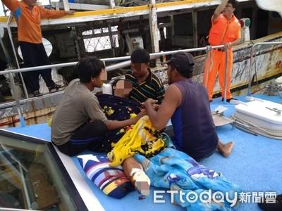 澎湖七美漁船3輕重傷 漁工右小腿遭扯斷落海