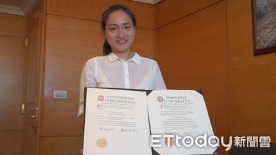 專訪/100分女孩謝佩芬秀「雙哈佛」畢業證書