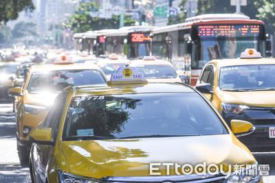 批交部放水Uber 小黃嗆:大規模檢舉