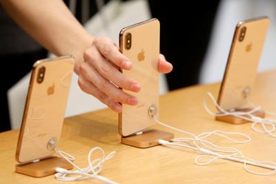 iPhone 3月在中國賣出250萬支 較2月50萬支銷量回溫