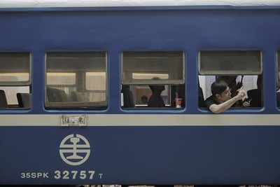 藍皮火車打造「列車上的書店」