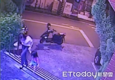 女童凌晨外出遊蕩 警當保母顧1小時