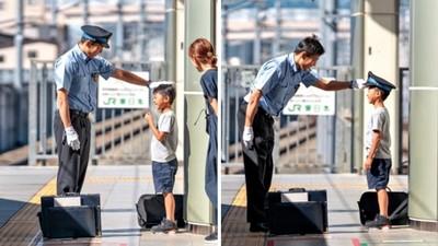 列車長親切脫帽「給小鐵道迷戴上」 攝影師爸拍下感人瞬間:夢想實現了