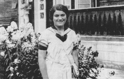 猶太少女親筆日記鎖保險箱70年