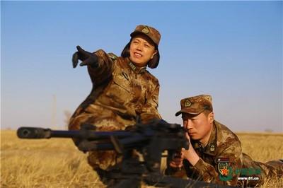解放軍「新型超輕重機槍」照片曝光