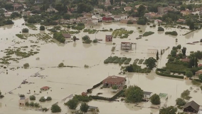 西班牙暴雨5死 68萬學生停課