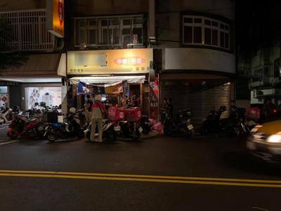 外送員中秋圍攻燒烤店 中和街角塞爆、逢甲UE團圓