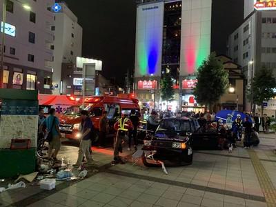 即/名古屋計程車輾行人 暴衝人行道7人送醫
