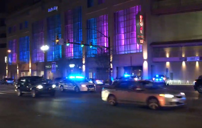 美國商場電影院疑傳槍響 現場封鎖中