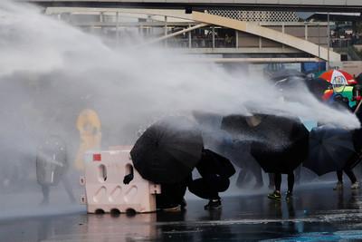 陸政協委員:大陸中央無意圖鎮壓香港