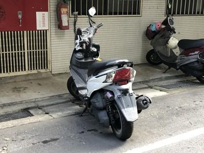 汽機車未掛牌隨意停路邊 罰單5400元起跳