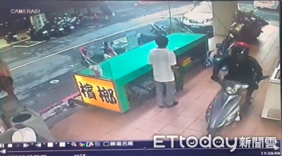 「粉紅控」偷車賊!專挑顯色系+米妮安全帽