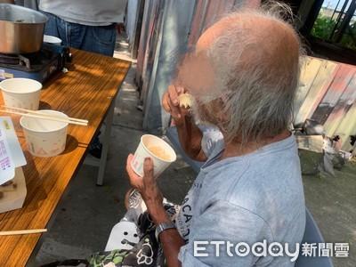 思念30年的一鍋湯!資收爺嚐一口泛淚