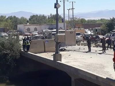 阿富汗總統造勢 警車炸彈襲24死