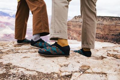 TEVA菠蘿麵包鞋把大峽谷穿著走