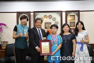 嘉勉國際小學數學競賽得獎學生