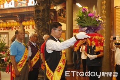 王文宗抗議政府刁難大陸祖廟入境