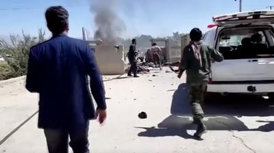 總統造勢遇自殺炸彈 阿富汗48死