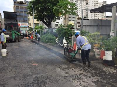 馬路挖不停!高市推新法 新鋪道路1年內禁挖