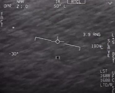 「UFO橫掃海平面」3影片流出 美海軍承認:是真的