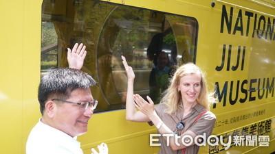 集集彩繪列車啟用卡佳親到場