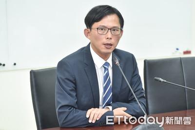 時力決策委員:徵召黃國昌選總統「不符程序」
