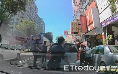 警攔查小客車一停6逃逸移工狂逃
