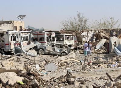 汽車炸彈「醫院前」爆炸 20死95傷