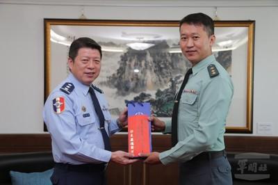 林政榮中校推公益獲十大傑出青年