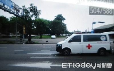救護車闖紅燈撞死騎士 車上病患家屬嚇壞