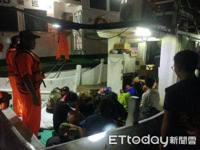 海巡查獲越南14名偷渡客 刑滿驅逐出境