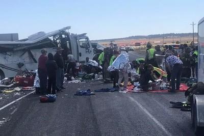 猶他州遊覽車車禍!4死26傷