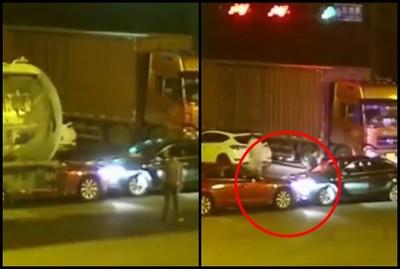 不滿互搶生意!2男相約開車對撞 下場超慘