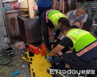 21歲軍人休假返家 遭追撞貨車輾進早餐店