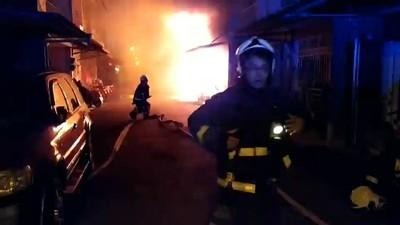 即/1樓機車起火延燒2民宅 2死5人輕重傷