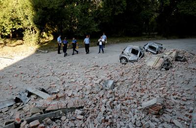 阿爾巴尼亞30年最強地震 至少68傷