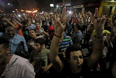 30%貧窮線下 埃及爆反政府抗議