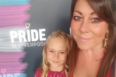 英國最年輕跨性別者!男童7歲成「合法女孩」