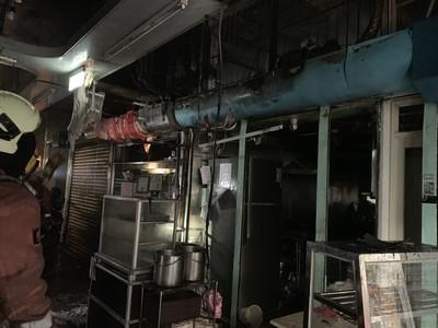 東門市場清晨火警 無人受傷