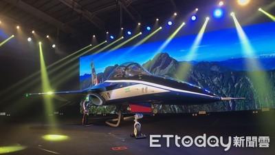勇鷹高教機國旗色塗裝吸睛 漢翔將釋出「國機國造」百億訂單