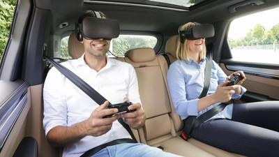 保時捷率先搭載乘客VR娛樂功能