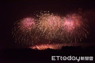 國慶焰火試放1500發 屏東夜空美炸